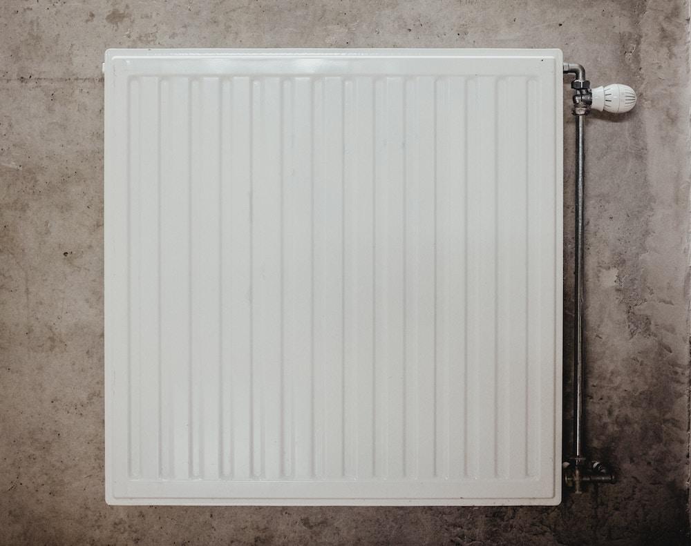 nettoyer ses quipements de chauffage avant l 39 arriv e du froid. Black Bedroom Furniture Sets. Home Design Ideas